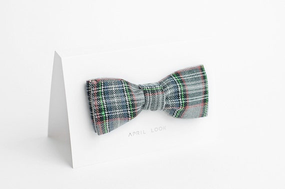 Tartan wool bow tie for men - double sided