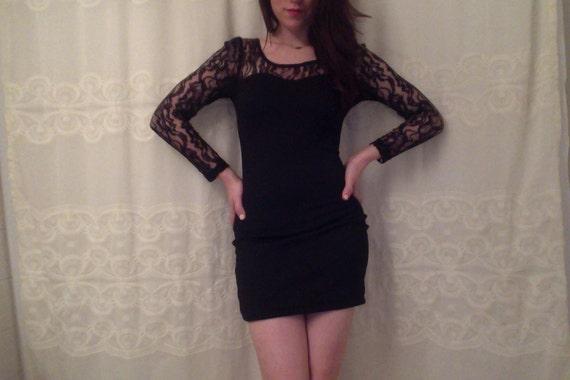 Black Lace Sweetheart Pencil Dress
