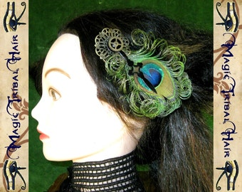 "STEAMPUNK PEACOCK feather & vintage gears ""Zeitgeist"" FASCINATOR Fantasy Wedding headpiece Reenactment Belly Dance costume accessory"