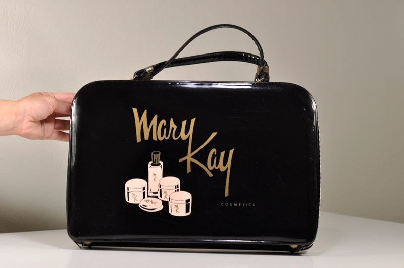 mary kay cosmetics case study Maximizing labor utilization and productivity at skin care and color cosmetics in the united states mary kay canada partnered with bastian case picking.