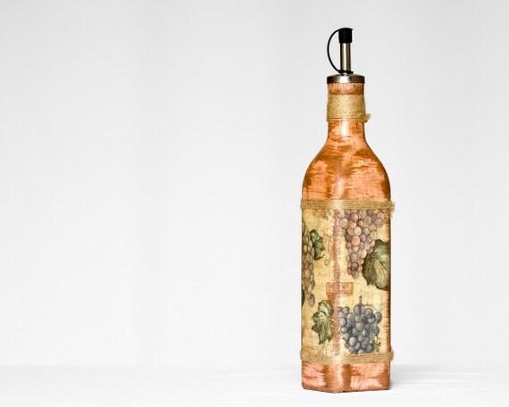 Decorative Oil Bottle, Kitchen Vinegar Oil Bottle in beige and brown, Grapes, Vineyard, ohtteam