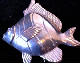 Vintage Beaucraft BEAU Sterling Fish Brooch pin