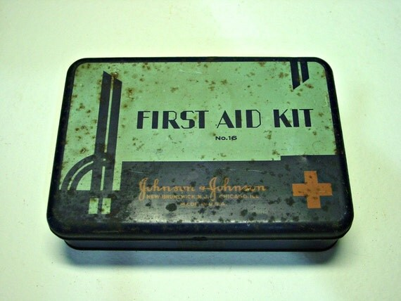 Vintage Art Deco Johnson & Johnson Tin First Aid Kit number16