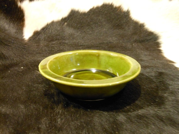 Simple Vintage Green Side Dish Bowl in Green by Wade of California 1960s