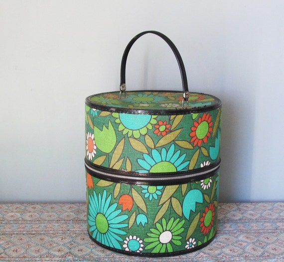 Vintage Hat Box Wig Tote Mid Century Mod Retro Luggage
