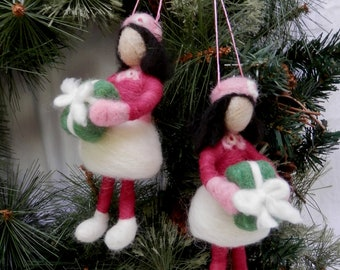 Needle felted girl with gift figurine ornament, girl soft sculpture ornament, little brunette girl with gift ornament in pink and fushia