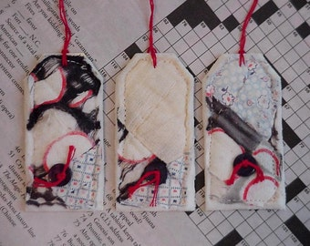 Cutter Quilt Tags, Vintage Quilted Feedsack Shabby Patchwork Gift Tags, Prim Fabric Hang Tags, Cards itsyourcountry