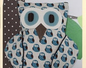 Owl Pillow - Henri