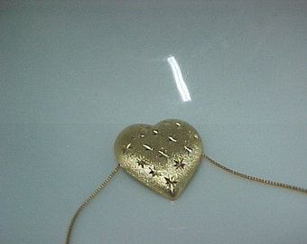 """Vintage Heart Pendant 18K Yellow Gold, covered with Laser engraved stars, with 18K  Gold Chain, 18"""" long, 2.7 Gram"""