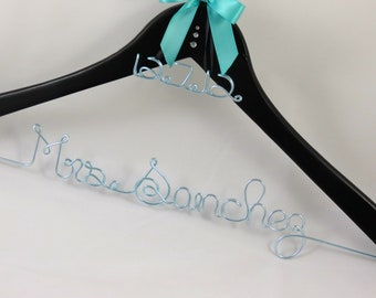 Personalized Hanger with Colored Wire and Date Charm, Wedding Gift, Unique Hanger, Bride Hanger