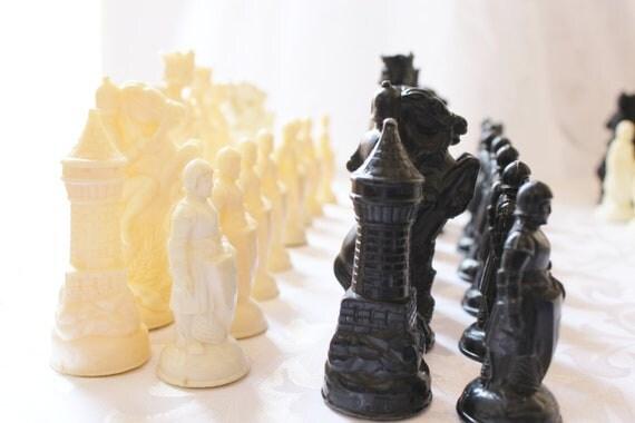 VIntage Chess Pieces Lot Anri
