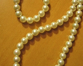 Vintage New Japanese High End Long Faux Pearl Necklace in Case - Mlnt - Never Worn.