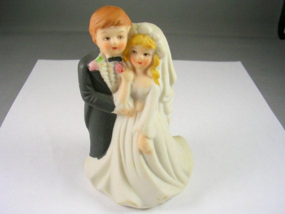 Vintage Bride and Groom Porcelain Cake topper or Decoration 4.5 inches tall 3 inches wide