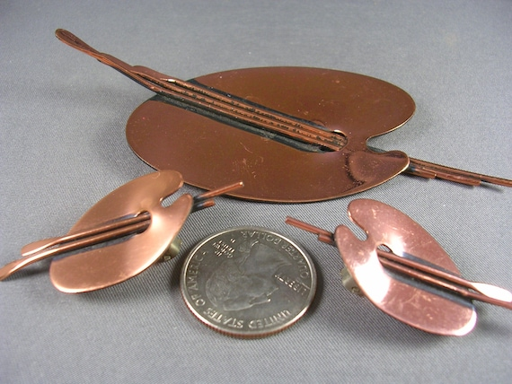 Mad Men 1960s Renoir Copper Palette Brooch and Earrings 4 inches x 2 inches Brooch 32 grams Excellent Condition