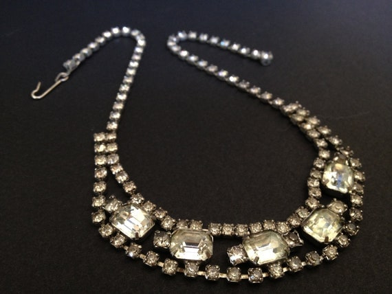 EMERALD CUT RHINESTONE Necklace - Paste - Vintage Bridal Jewelry