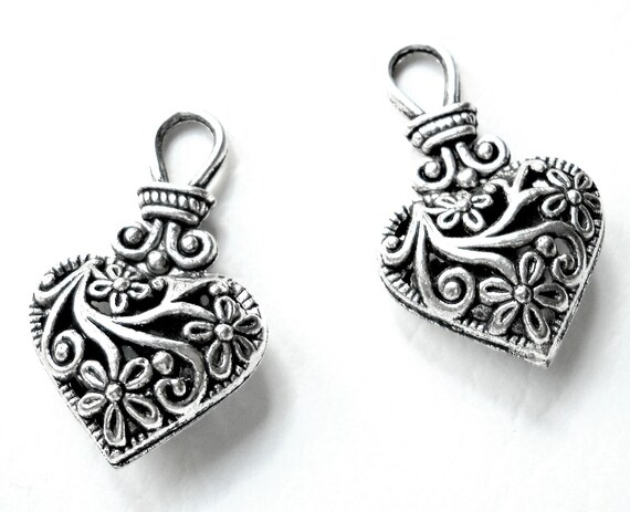 silver heart pendant, antique look charm, filligree, 2pcs