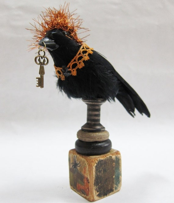 Halloween Decoration: Raven with Key and Party Hat