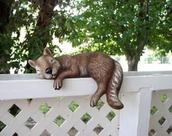 Ceramic shelf sleeper, squirrel