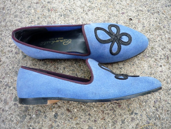 Vintage Early '90s Periwinkle Blue Suede PINWHEELS FLATS Size 8.5