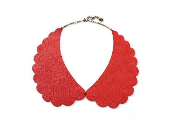 Peter Pan Collar Necklace - Vermilion Red Leather