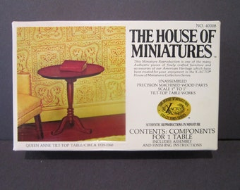 House of Miniatures Queen Anne Tilt top Table 40008 New