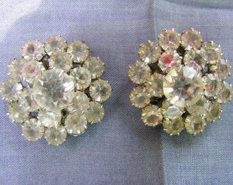 Very Pretty Vintage Rhinestone Earrings