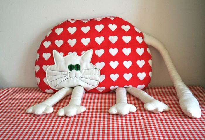 Kitty Throw Pillow : vintage cat pillow I HEART KITTY throw pillow