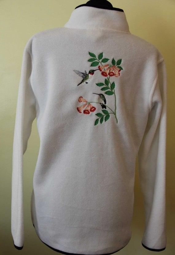 Embroidered fleece jacket woman s large hummingbird