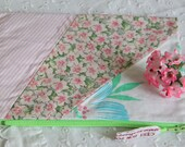 zipper pouch - textile pouch - recycled fabrics purse - eco friendly gift - pink and green pouch - vintage fabrics - gift for her