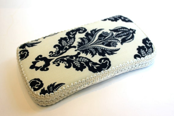 Boutique Baby Wipe Case Navy Avery LIMITED EDITION