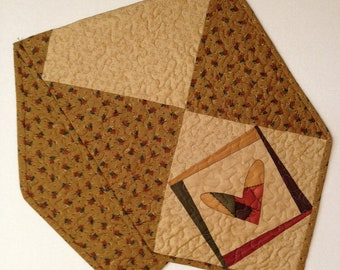 Machine Quilted Reversible Patchwork Heart Table Runner