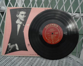 VINTAGE LIBERACE RECORD ..Long  playing..antique..Piano .. Music 50s Near Mint