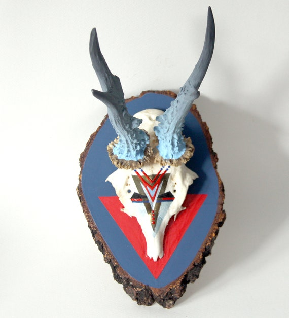 NAVY BLUE & RED geometric aztec arrow painted vintage deer skull and ombre antlers