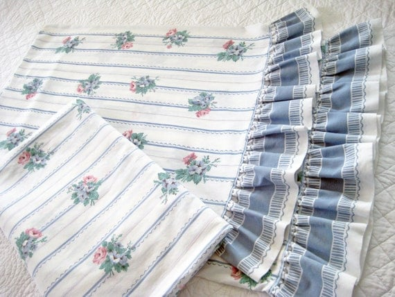 Vintage Bed Sheet 4 Piece Set. Ruffles. Flowers, Stripes, French Blues & White. BEAUTIFUL