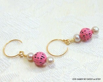 Pink and white earrings, pink metal spacers, ivory freswhater pearls, gold filled wires