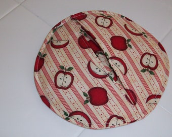 Small Round Apple Pot Holder with Pockets