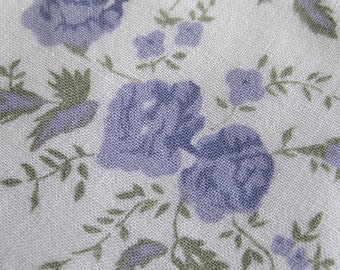 Vintage 50s Purple Roses Novelty Print Cotton Rayon Blend Drapey Fabric Remnant 3 Yards