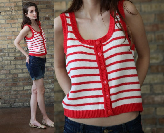 striped sweater tank // red white nautical stripe// vintage 80s //  button up // boxy slouchy fit // cropped // small medium