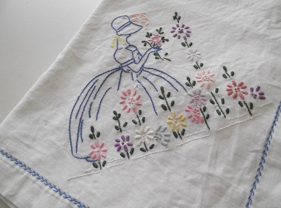 Vintage Tablecloth Embroidered Southern belle & Flowers 42X42