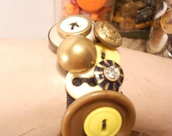 Sunshine Button Bracelet