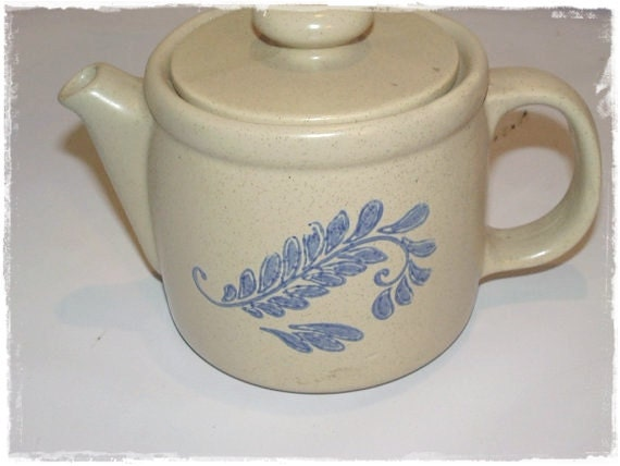 Vintage Mccoy Pottery Bluefield Teapot HTF Has A Hairline Crack On One Side