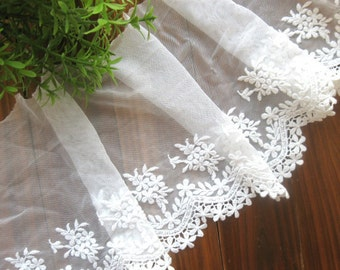 Lace Fabric Trim - Wide Off White Flower Floral Leaf Scallop Lace Fabric TRIM 13cm Wide