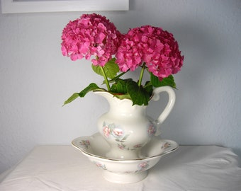 Pitcher & Bowl Shabby Chic from K.H Pottery