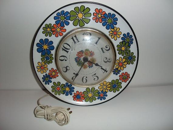 "Vintage RETRO Spartus Colorful Metal Flower-Power 10"" Electric Wall Clock circa 1969"