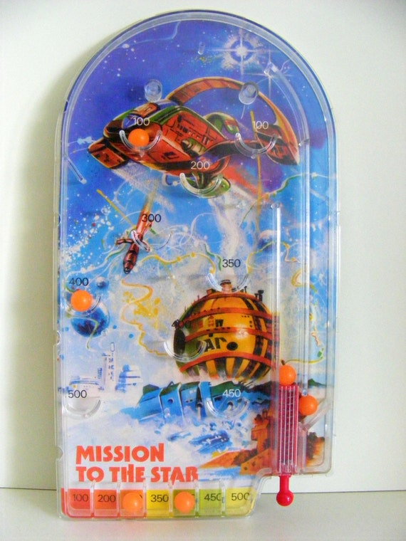 vintage 1970s children's pinball game 'mission to the star'// sci-fi // toy // kitsch // made in hong kong