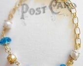 Vintage Gold Bracelet with Teal Glass Beads and Vintage Bead Caps