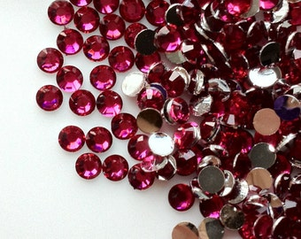4 mm High Quality 14 Faceted Cut Resin Rhinestone Hot Pink Diamond (.mmshg)