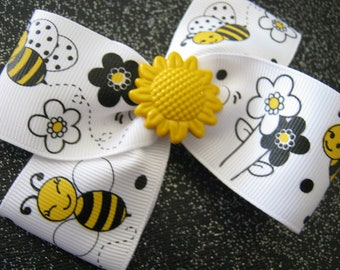Momma Eva's -- Busy Bee & Sunflower PinWheel Design // 3.5 inch  Bow Style // Ready To Ship