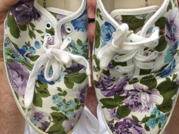 Vintage 1980 or 1960s Flower Powered Sneakers Floral Canvas Size 8 1/2  Purple Blue Green Keds Flowers Rose Shoes
