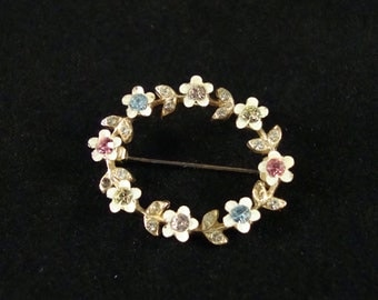 Vintage Circle Pin, Vintage Flower Wreath Brooch